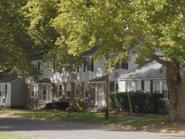 Chicopee Village Apartments | Chicopee Townhomes
